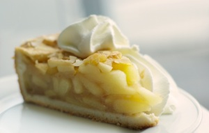 apple_pie_slice_with_whipped_cream