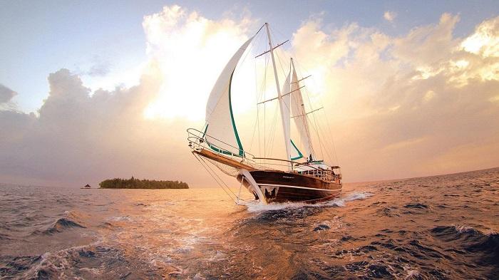 3840x2160-nature_ocean_sailboat_boat_photography-22470