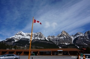 The Crossing (Along Icefield Parkway)